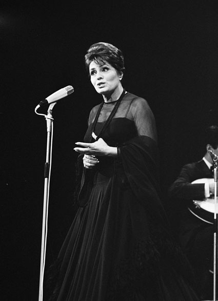 Amália Rodrigues 1969 copyright creative commons