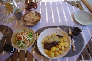 Rindersteak mit Kartoffeln